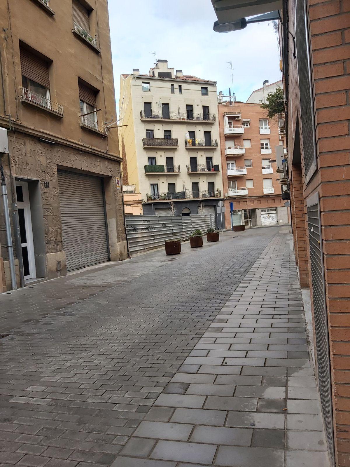 Piso en venta en Lleida, Lleida, Pasaje Miquel Fargas, 65.000 €, 4 habitaciones, 1 baño, 99 m2
