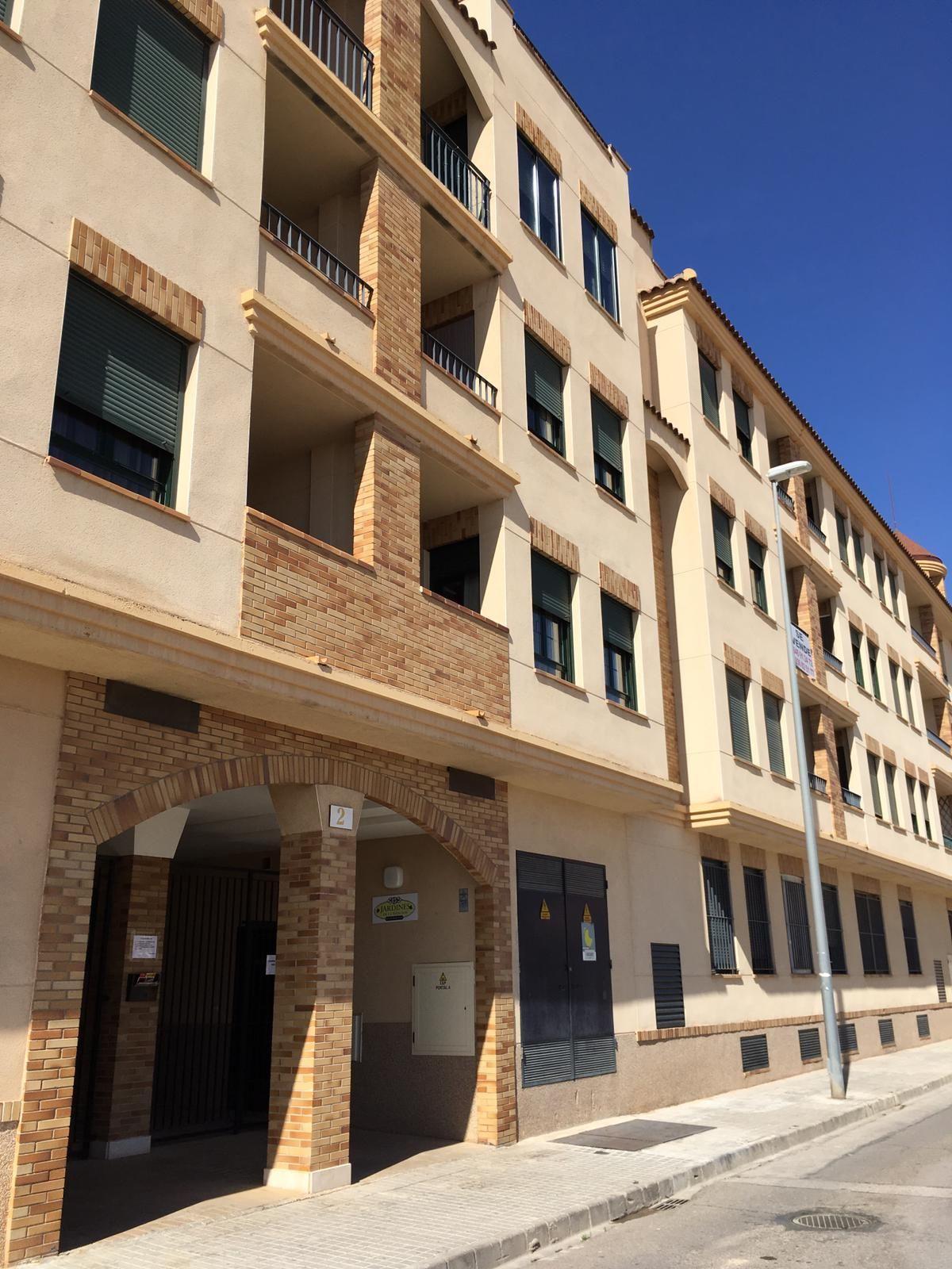 Piso en venta en Tomelloso, Ciudad Real, Calle Cencibel, 67.000 €, 2 habitaciones, 2 baños, 78 m2