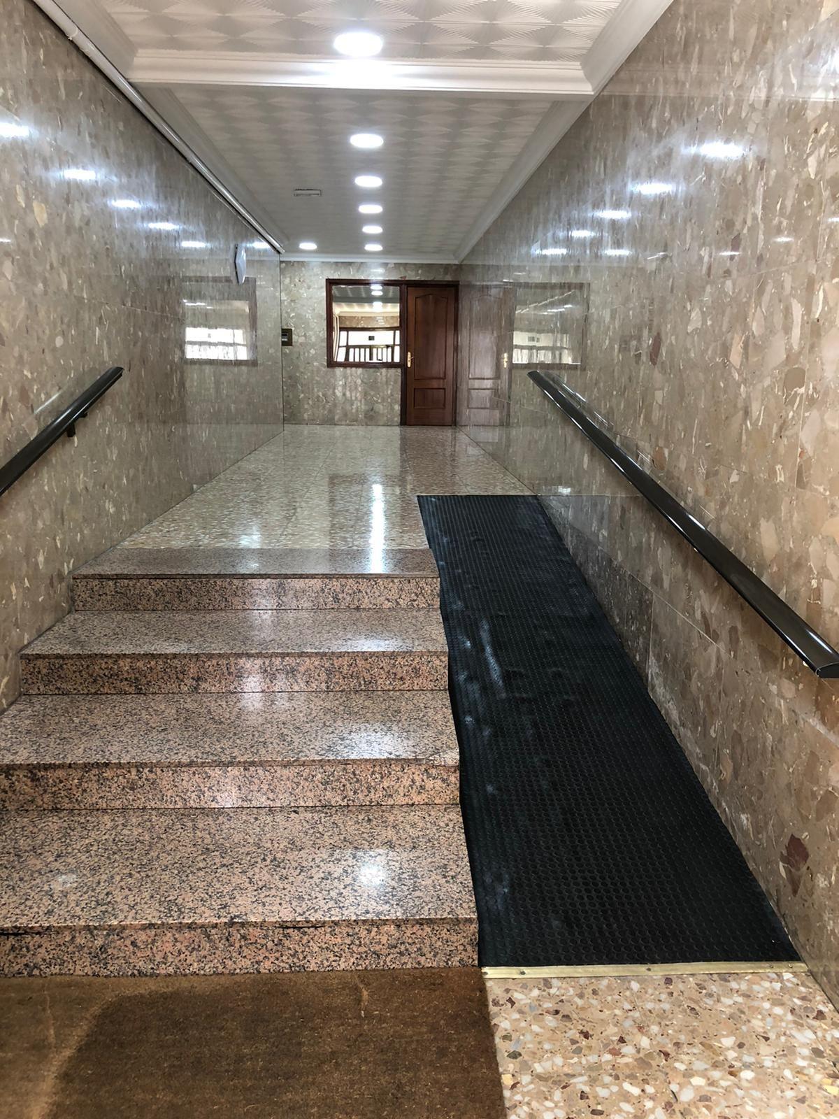 Piso en venta en Puertollano, Ciudad Real, Calle Gran Capitan, 70.000 €, 3 habitaciones, 1 baño, 120 m2