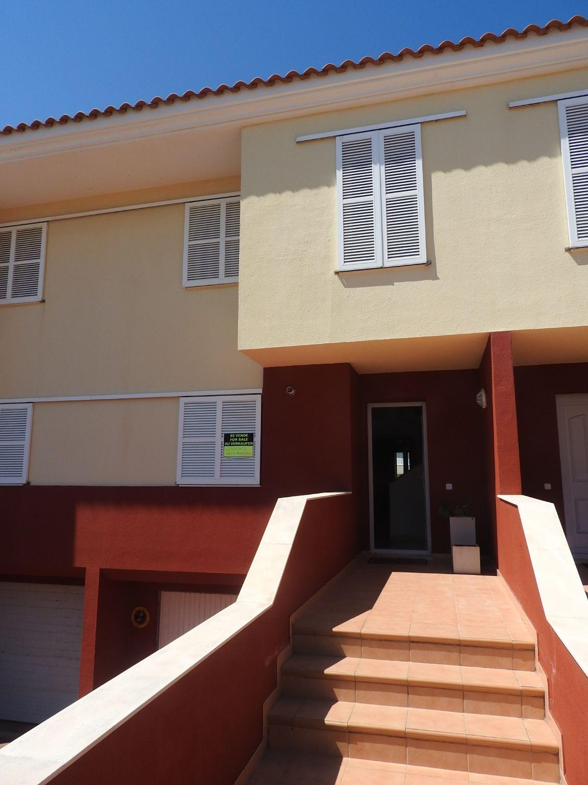 Casa en venta en Mahón, Baleares, Calle Pampa, 390.000 €, 4 habitaciones, 2 baños, 276 m2