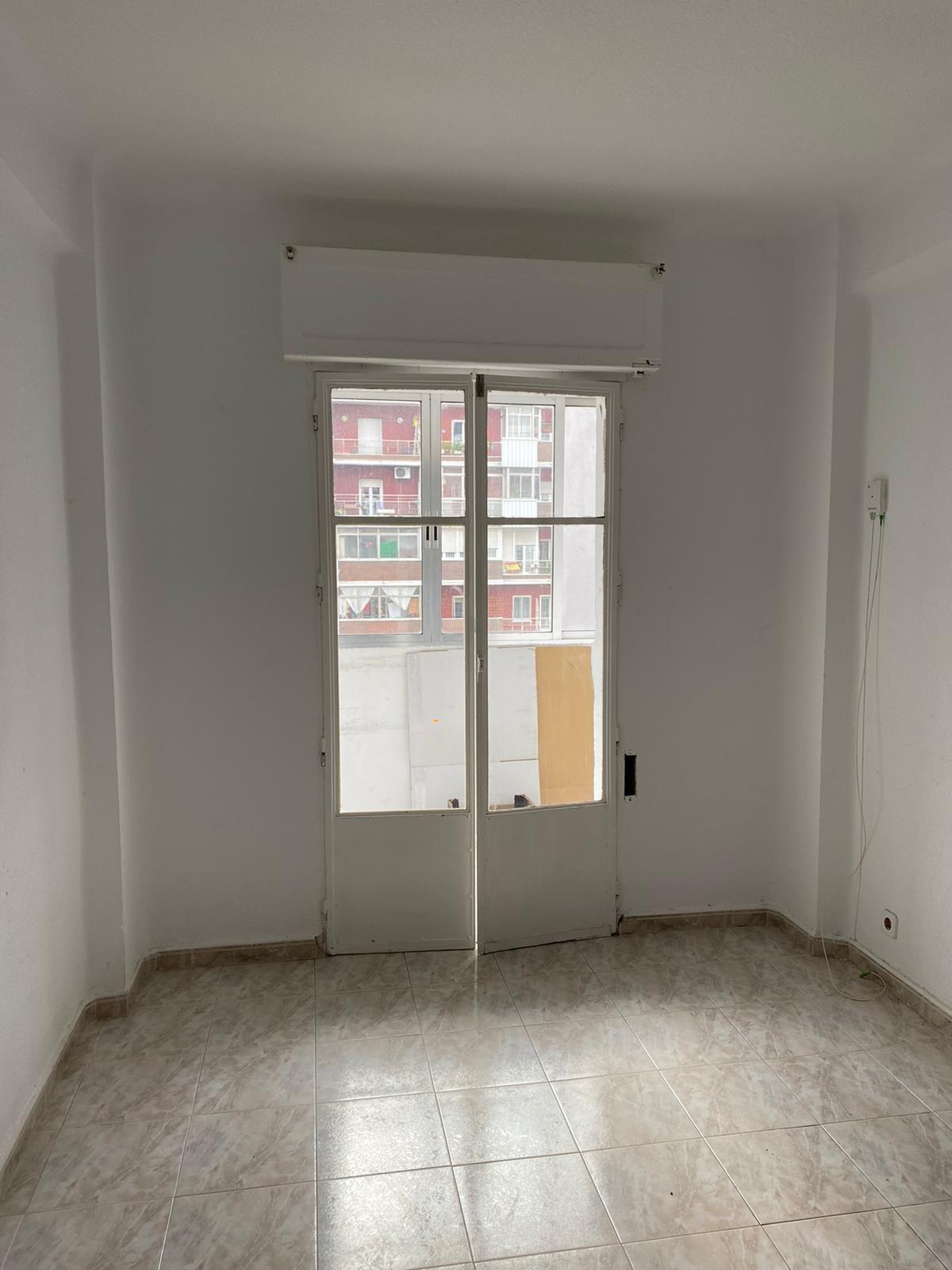 Piso en venta en 40064, Madrid, Madrid, Calle Virgen de Lourdes, 125.000 €, 1 habitación, 1 baño, 45 m2