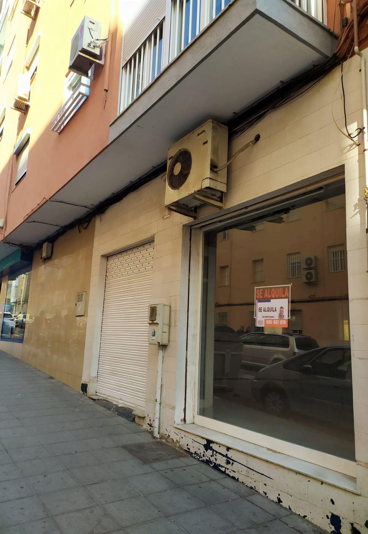 Local en alquiler en Los Ángeles - Cruz de Caravaca - Piedras Redondas, Almería, Almería, Calle Marchales, 650 €, 156 m2