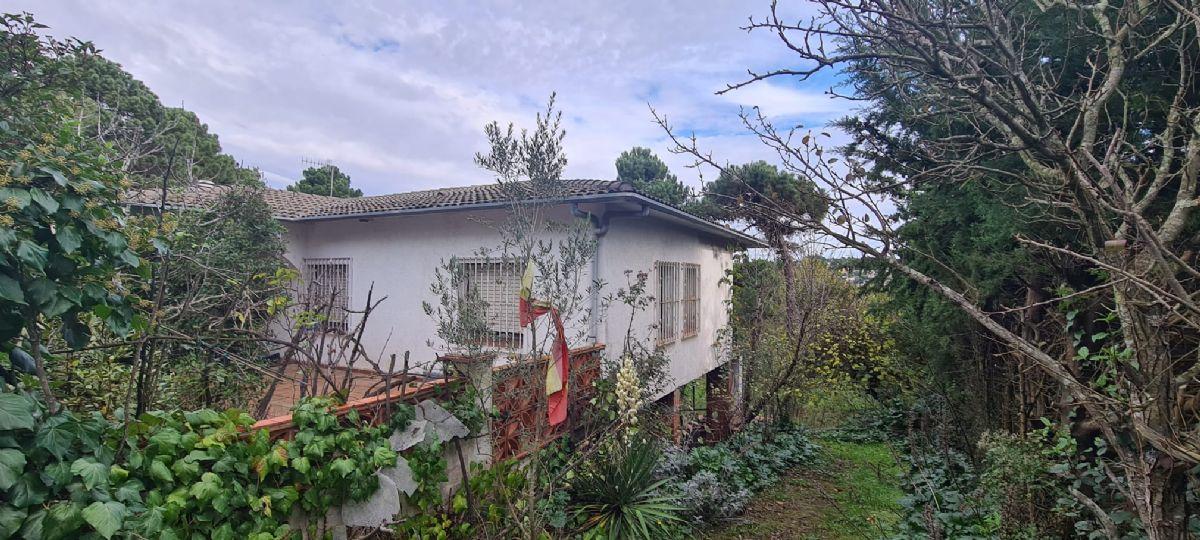 Casa en venta en Esquibien, Vidreres, Girona, Ronda Paradis, 162.000 €, 4 habitaciones, 2 baños, 160 m2