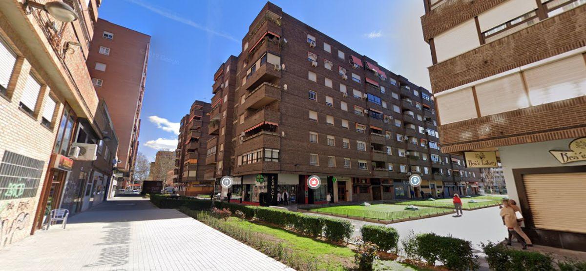 Piso en venta en Talavera de la Reina, Toledo, Calle Velazquez, 119.000 €, 4 habitaciones, 2 baños, 140 m2