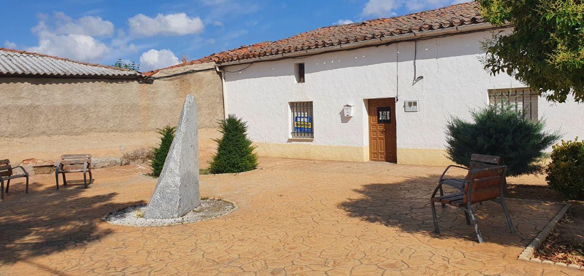 Casa en venta en Balneario, Babilafuente, Salamanca, Calle Soledad, 110.000 €, 455 m2