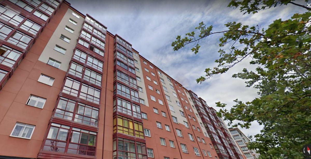 Piso en venta en A Coruña, A Coruña, Avenida Novo Mesoiro, 190.000 €, 3 habitaciones, 2 baños, 104 m2