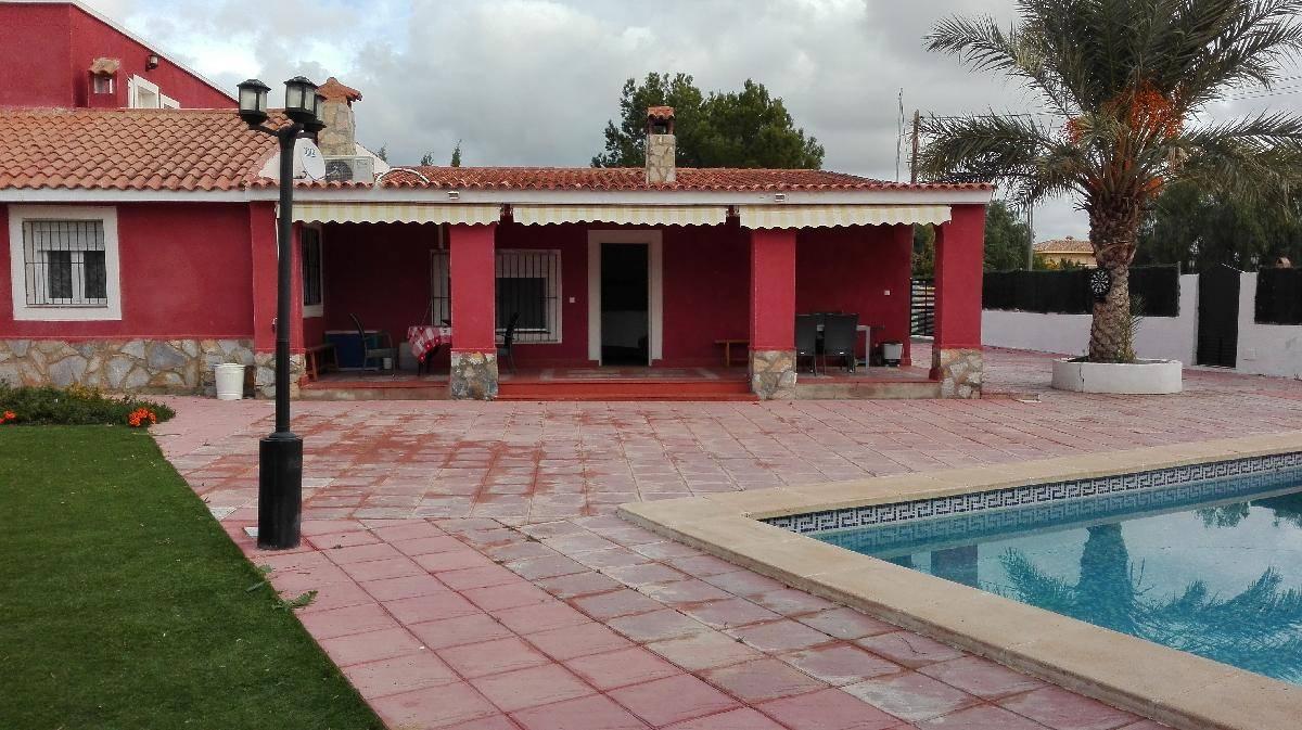 Casa en venta en Mutxamel, Alicante, Calle Criolita, 400.000 €, 7 habitaciones, 3 baños, 300 m2