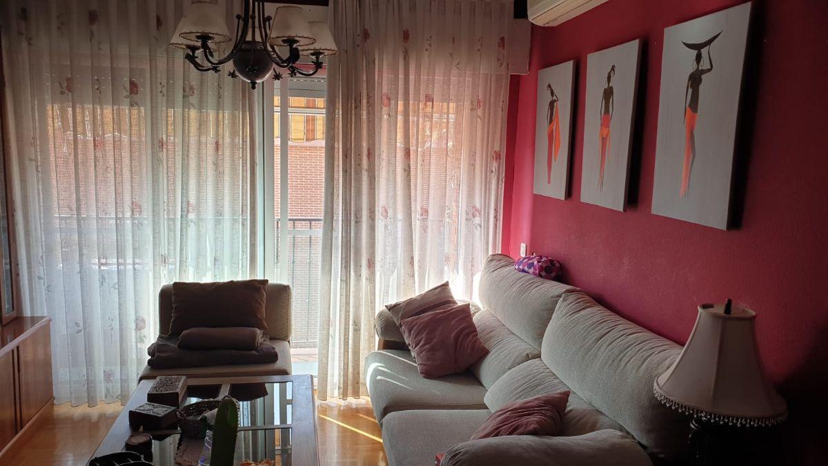 Piso en venta en Ciempozuelos, Madrid, Plaza Mayor, 139.000 €, 4 habitaciones, 2 baños, 116 m2