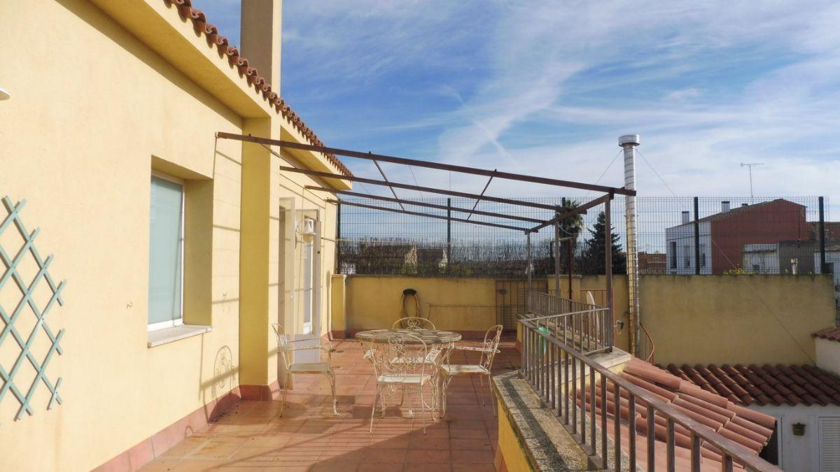 Casa en alquiler en Les Cabanyes, Barcelona, Avenida U, 1.200 €, 6 habitaciones, 3 baños, 275 m2