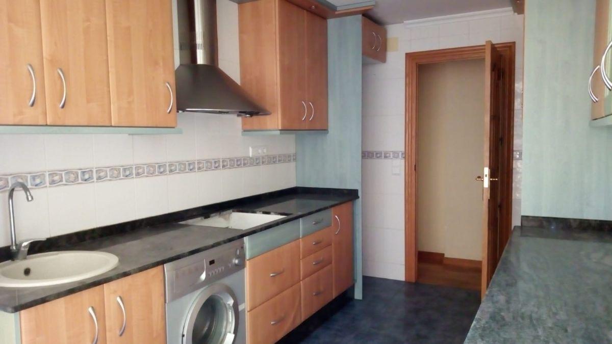 Piso en venta en Elche/elx, Alicante, Calle Leon Sanchez Saez, 96.000 €, 4 habitaciones, 124,49 m2