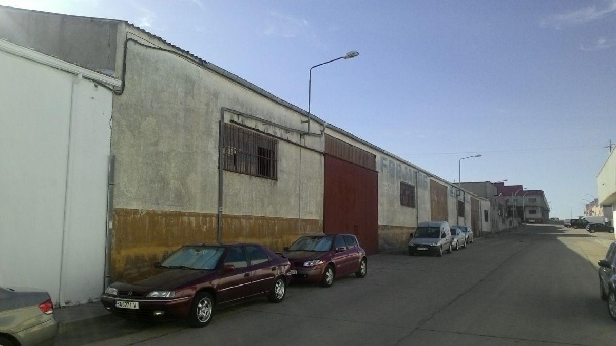 Industrial en venta en Polígono Industrial los Villares, Villares de la Reina, Salamanca, Calle Montera, 482.000 €, 1810 m2