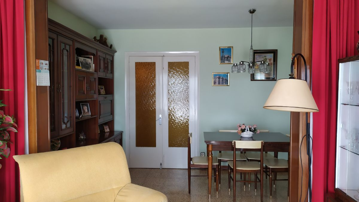 Piso en venta en Piso en Berga, Barcelona, 69.000 €, 95 m2