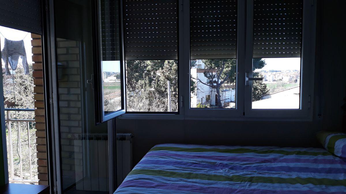 Piso en venta en Lleida, Lleida, Calle Torres de Segre, 79.000 €, 4 habitaciones, 1 baño, 110 m2