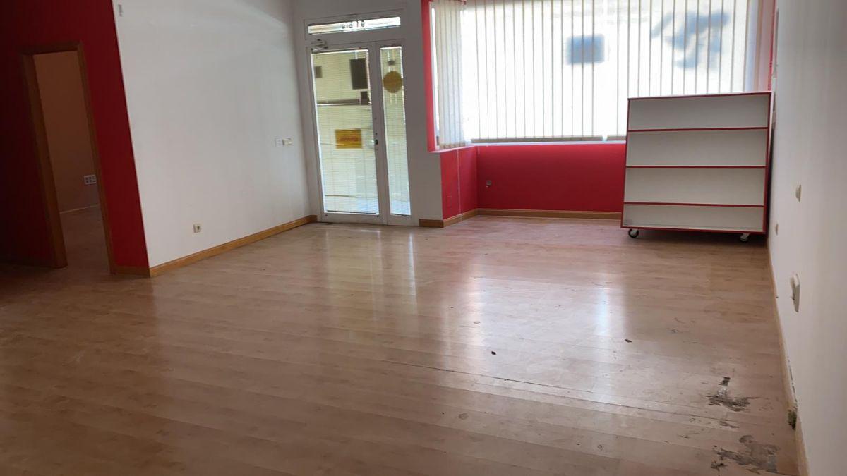 Local en venta en Tomelloso, Ciudad Real, Calle Campo, 75.000 €, 141 m2