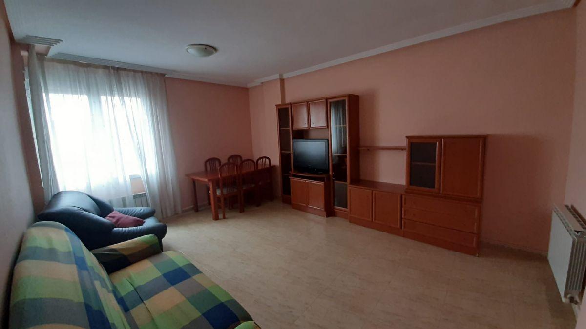 Piso en alquiler en Esquibien, Tomelloso, Ciudad Real, Calle Socuellamos, 350 €, 2 habitaciones, 1 baño, 67 m2