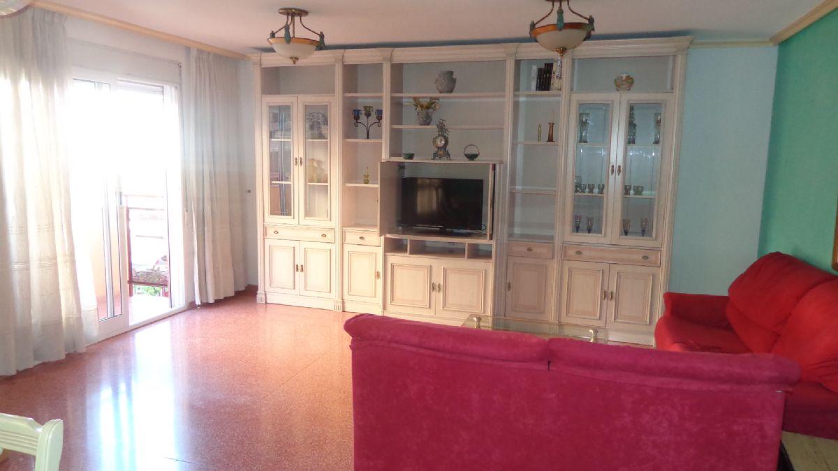 Piso en venta en La Borinquen, San Vicente del Raspeig/sant Vicent del Raspeig, Alicante, Calle la Huerta, 118.000 €, 3 habitaciones, 2 baños, 125 m2