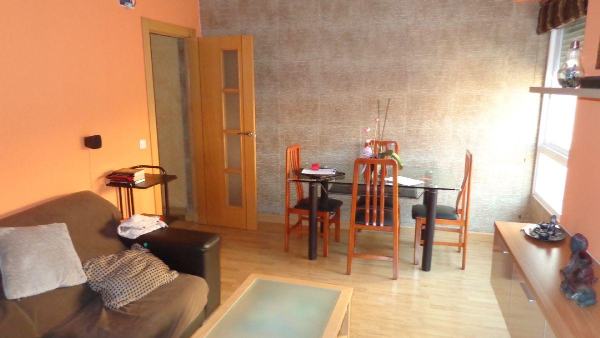 Piso en venta en Pla del Bon Repos, Alicante/alacant, Alicante, Calle San Mateo, 80.000 €, 3 habitaciones, 1 baño, 85 m2