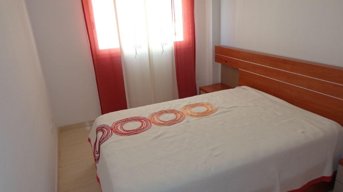 Piso en venta en Alicante/alacant, Alicante, Calle Nueva, 75.000 €, 2 habitaciones, 1 baño, 53 m2