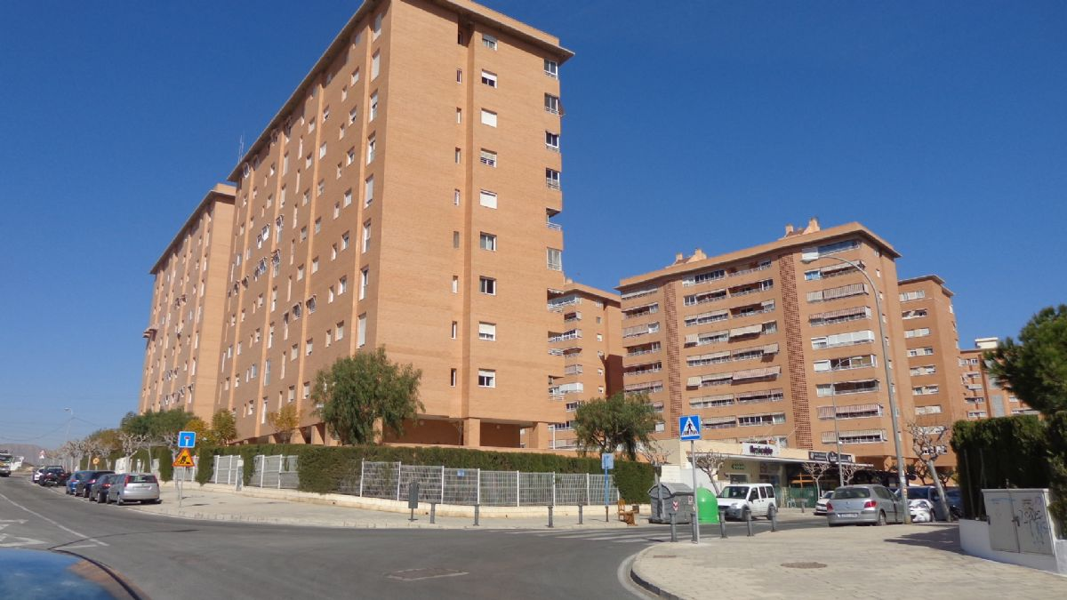 Piso en venta en San Gabriel, Alicante/alacant, Alicante, Calle Ramon Gomez Sempere, 152.000 €, 3 habitaciones, 2 baños, 115 m2