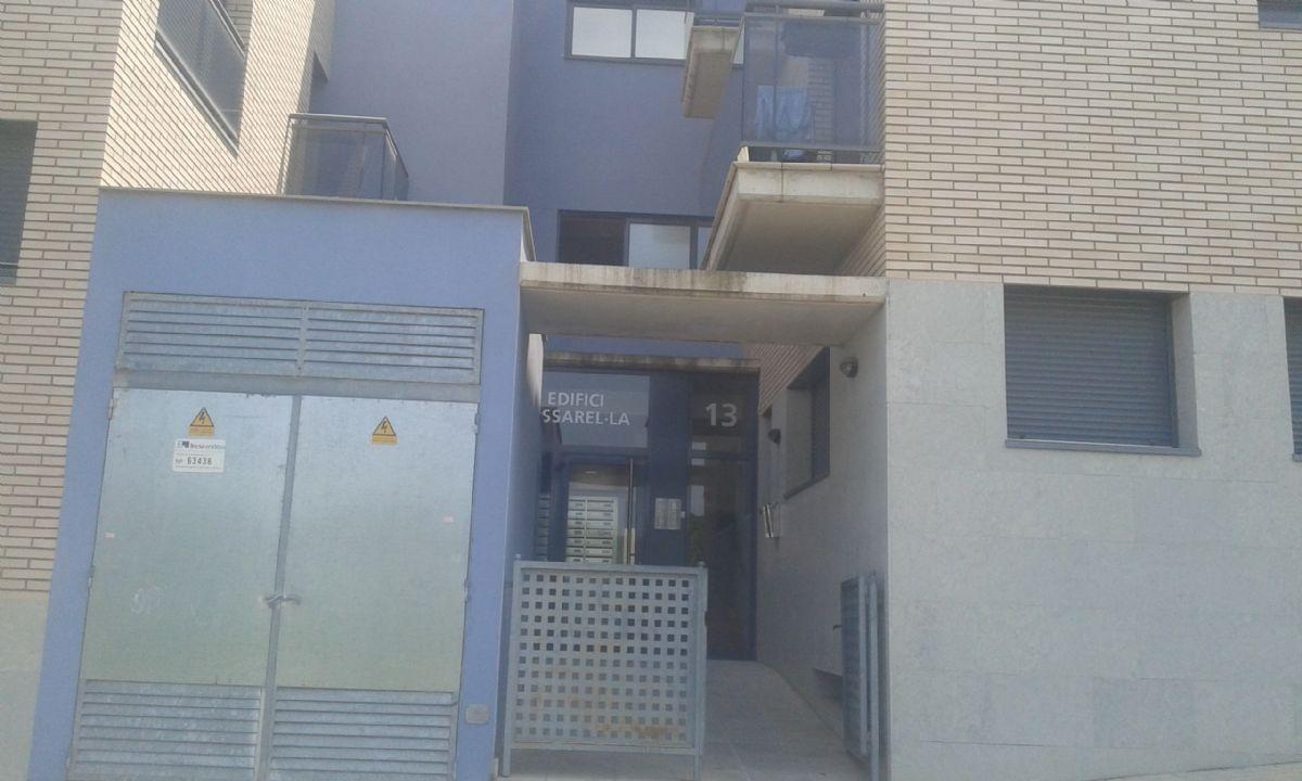Piso en venta en Torre del Coral, Rosselló, Lleida, Calle Mestre Ramon Vives, 91.600 €, 3 habitaciones, 141 m2
