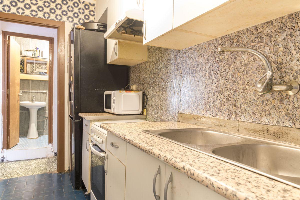 Piso en venta en Torrelles de Foix, Barcelona, Calle Raval, 65.000 €, 3 habitaciones, 1 baño, 66 m2