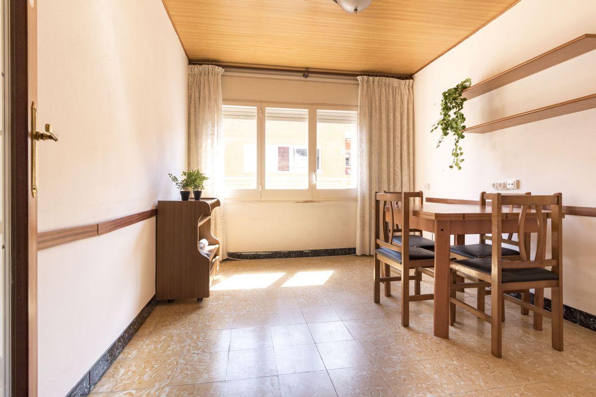 Piso en venta en Vilafranca del Penedès, Barcelona, Calle Carrer de L`abat Copons, 58.000 €, 3 habitaciones, 1 baño, 56 m2