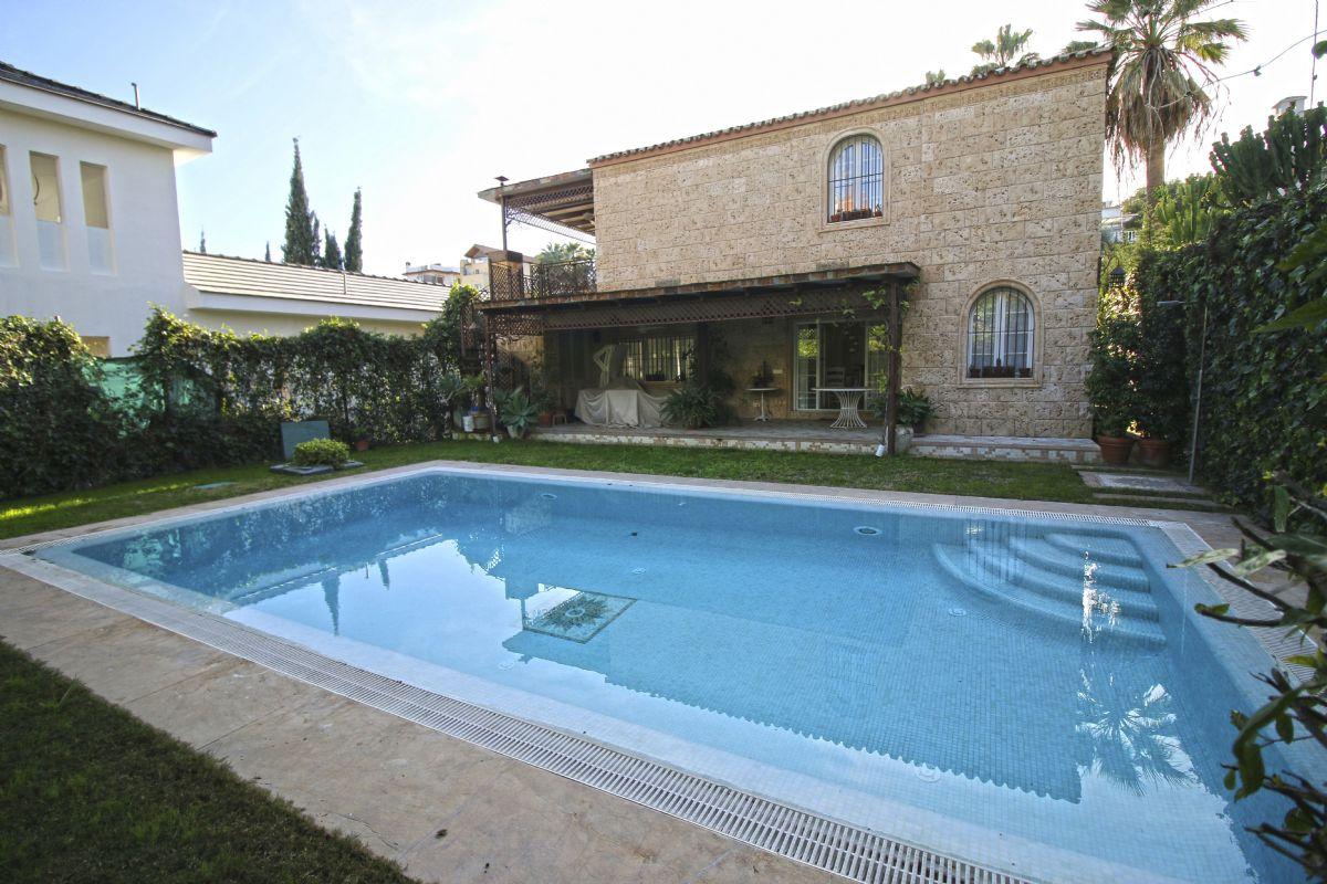 Casa en venta en 40088, Marbella, Málaga, Calle los Jazmines, 750.000 €, 4 habitaciones, 3 baños, 260 m2