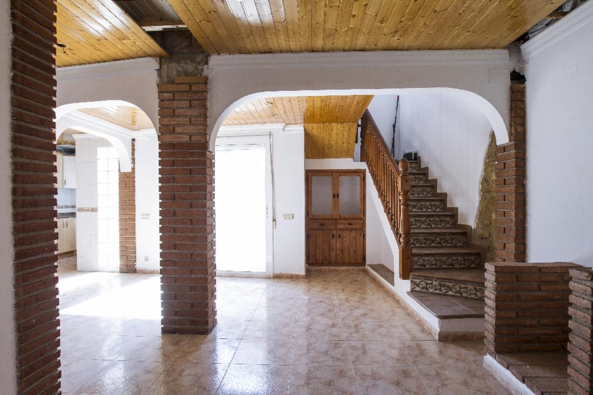 Casa en venta en Móra la Nova, Tarragona, Calle Francesc Macia, 86.000 €, 4 habitaciones, 1 baño, 200 m2