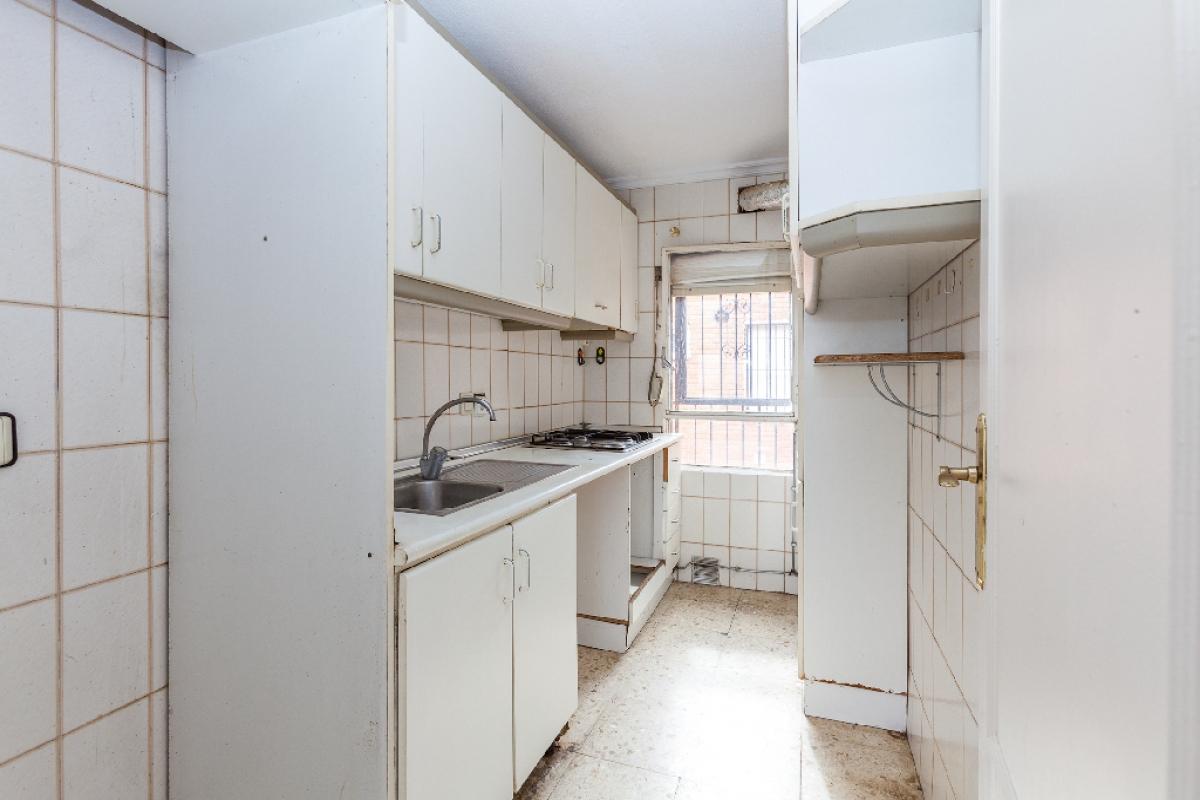 Piso en venta en Murcia, Murcia, Calle Sierra Cresta del Gallo, 33.500 €, 3 habitaciones, 1 baño, 62 m2