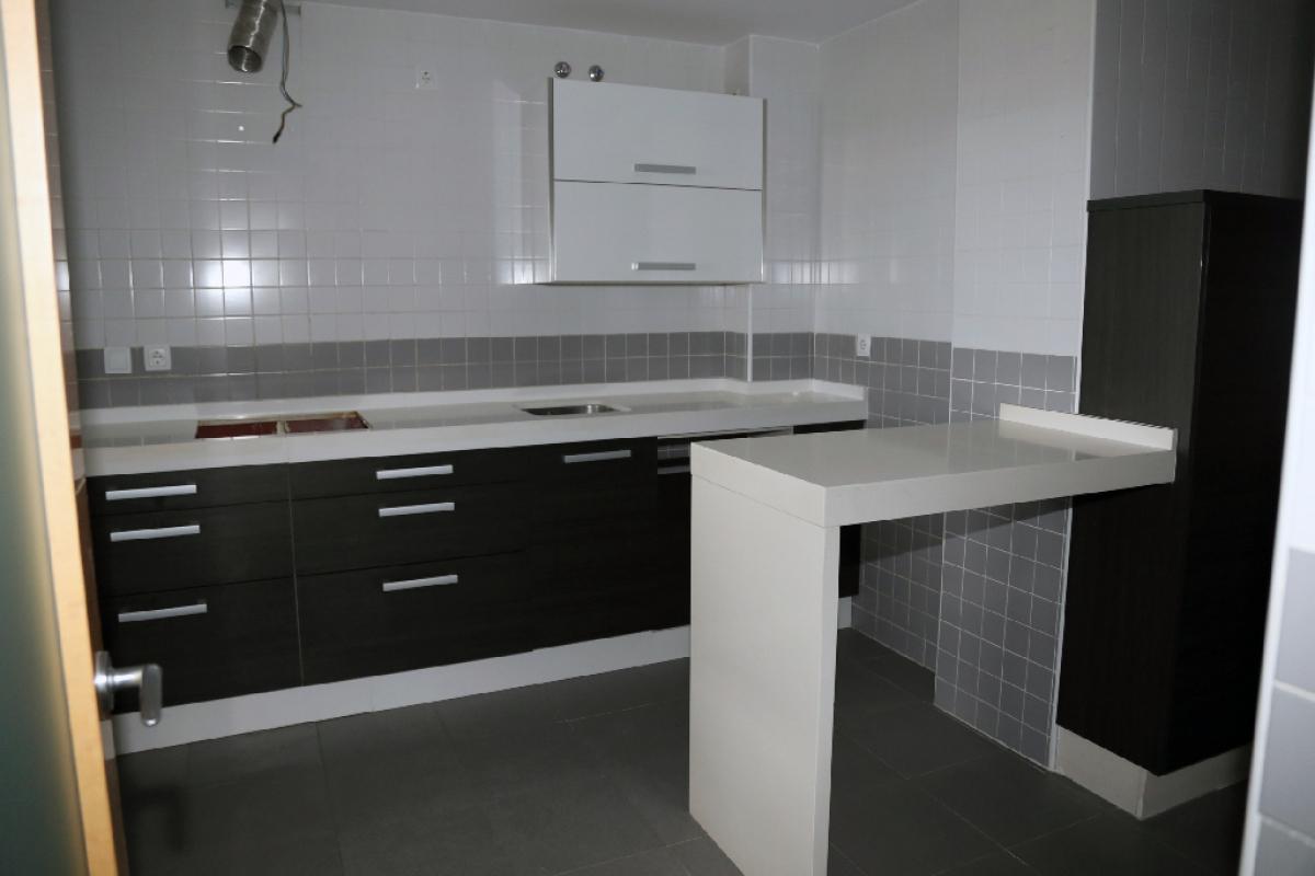 Piso en venta en Huelva, Huelva, Calle Angel Serradilla, 172.500 €, 4 habitaciones, 2 baños, 141 m2