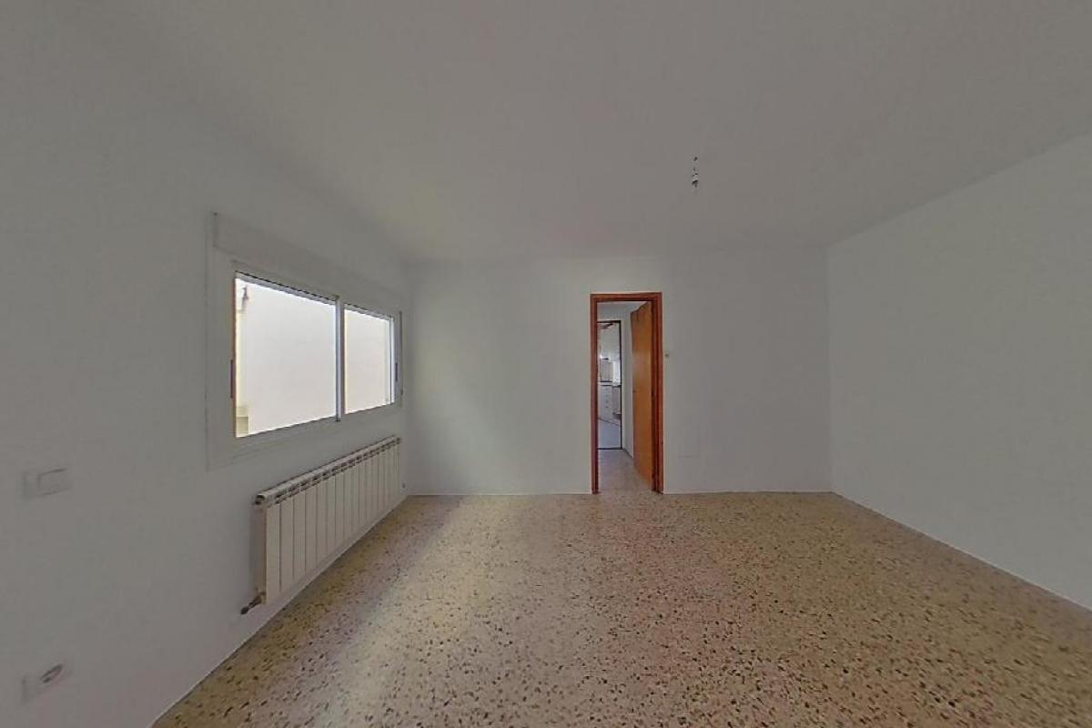 Piso en venta en Huesca, Huesca, Calle la Cortes, 60.500 €, 3 habitaciones, 1 baño, 73 m2