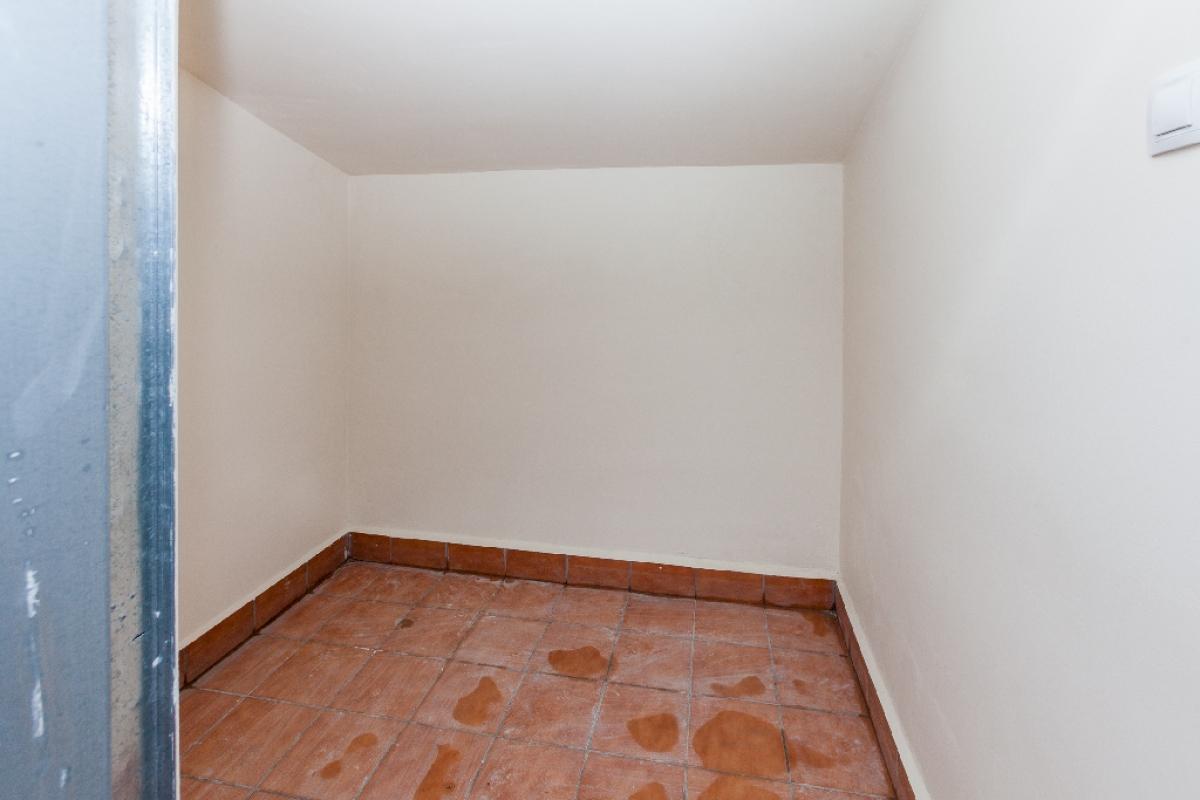 Piso en venta en Piso en Biar, Alicante, 58.500 €, 2 habitaciones, 2 baños, 82 m2