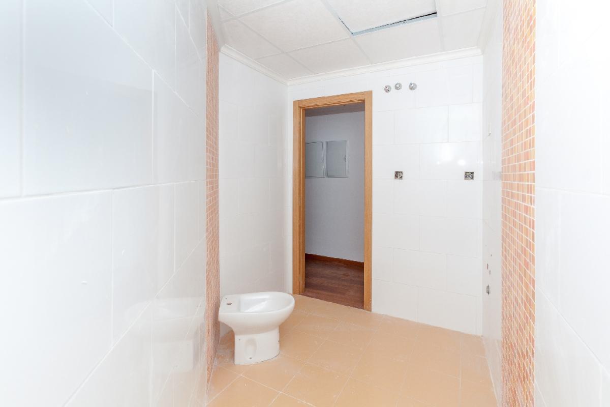 Piso en venta en Piso en Biar, Alicante, 52.000 €, 2 habitaciones, 1 baño, 97 m2