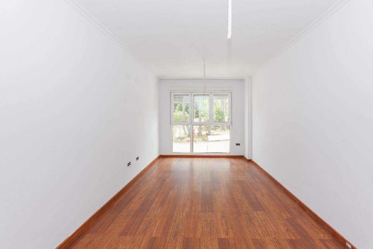 Piso en venta en Biar, Alicante, Avenida Pais Valencia, 61.000 €, 3 habitaciones, 2 baños, 87 m2