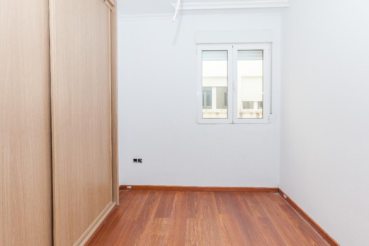 Piso en venta en Piso en Biar, Alicante, 61.000 €, 3 habitaciones, 2 baños, 87 m2