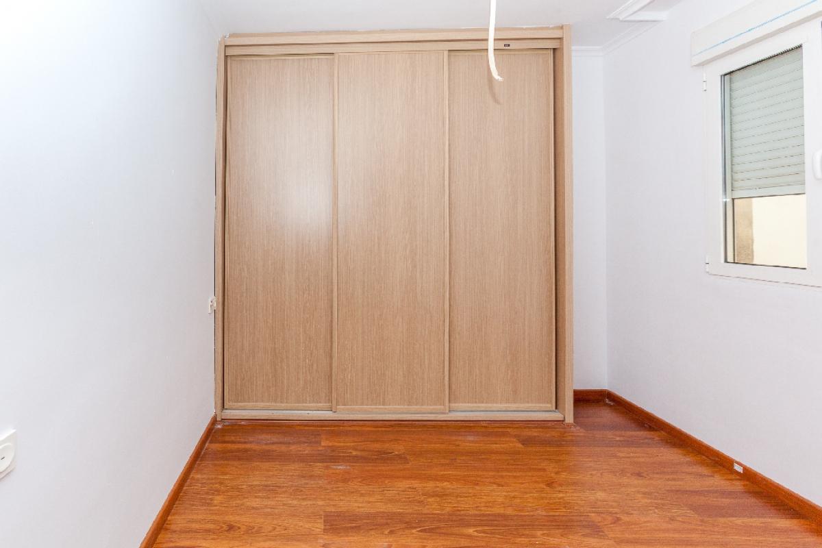 Piso en venta en Piso en Biar, Alicante, 65.500 €, 3 habitaciones, 2 baños, 85 m2