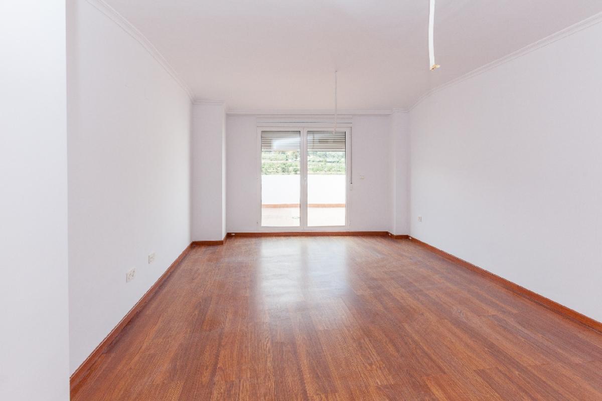 Piso en venta en Biar, Alicante, Avenida Villena, 109.500 €, 3 habitaciones, 3 baños, 147 m2