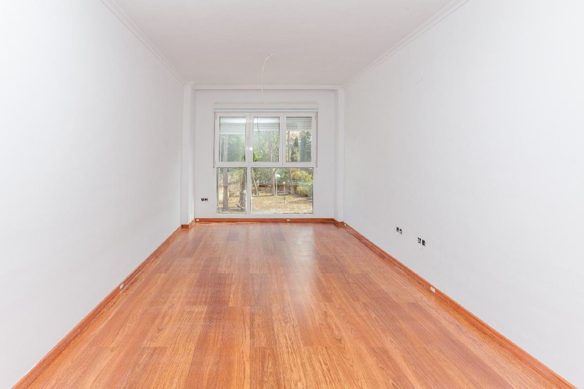 Piso en venta en Biar, Alicante, Avenida Pais Valencia, 61.000 €, 3 habitaciones, 2 baños, 89 m2