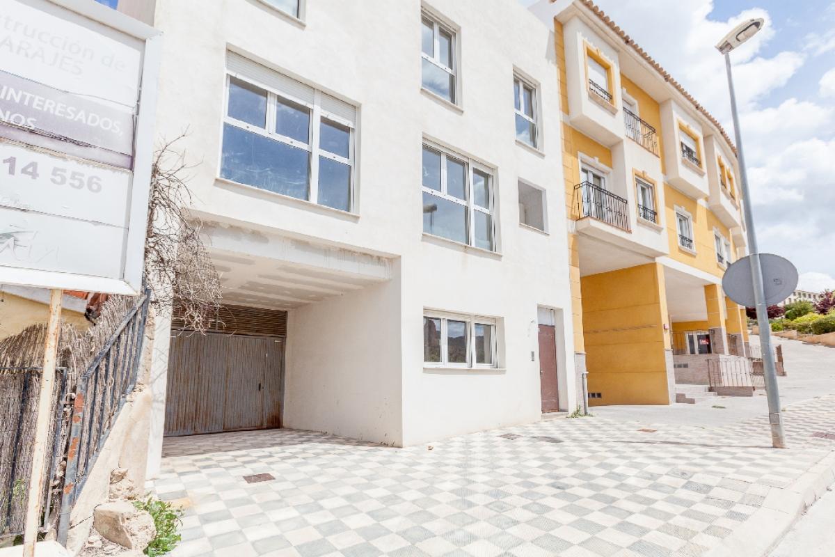 Piso en venta en Piso en Biar, Alicante, 61.000 €, 3 habitaciones, 2 baños, 89 m2