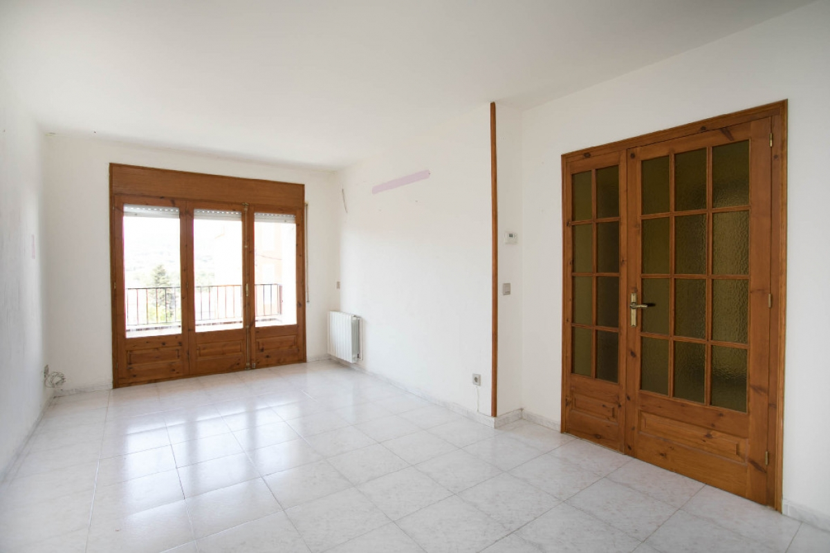 Piso en venta en Calonge, Girona, Calle Balmes, 104.500 €, 2 habitaciones, 1 baño, 116 m2