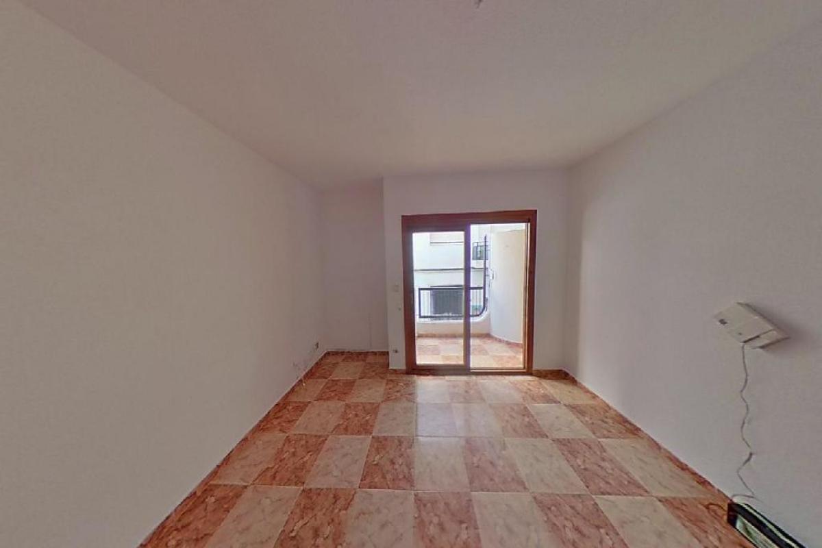 Piso en venta en L´olla, Altea, Alicante, Calle Gabriel Miro, 106.000 €, 3 habitaciones, 1 baño, 103 m2
