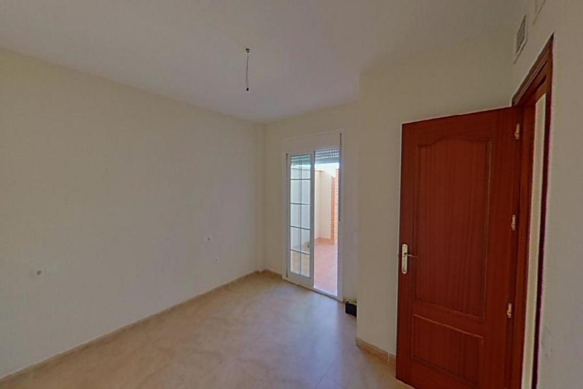 Piso en venta en Roquetas de Mar, Almería, Calle Ruben Dario, 61.000 €, 2 habitaciones, 1 baño, 76 m2