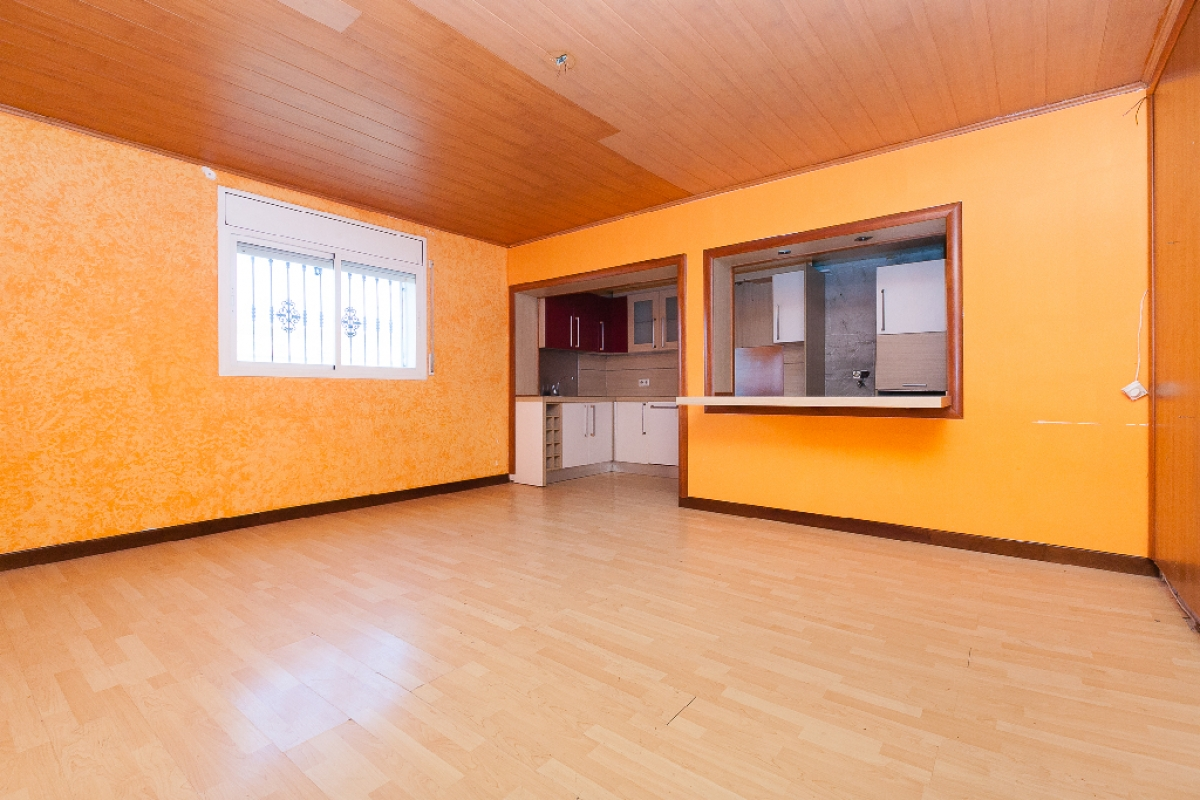 Piso en venta en Malgrat de Mar, Barcelona, Camino del Pla, 95.000 €, 3 habitaciones, 1 baño, 118 m2