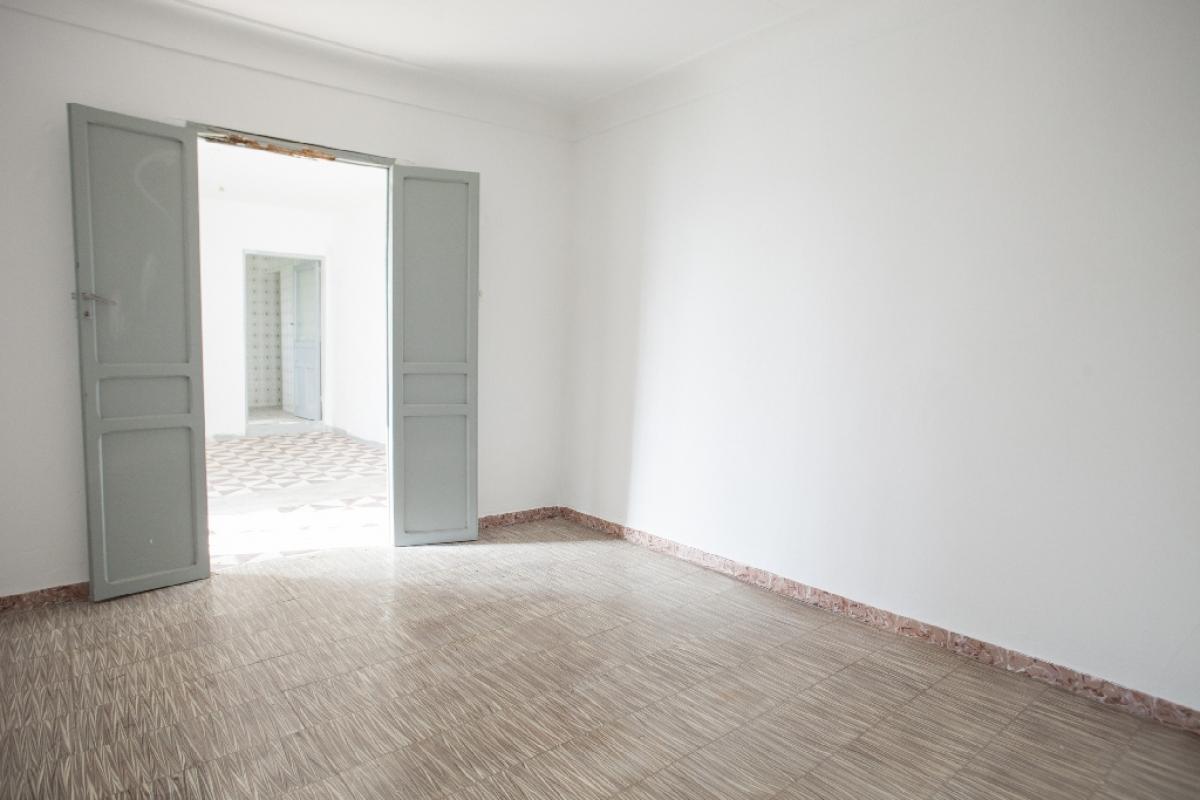 Piso en venta en Los Santos de Maimona, Badajoz, Calle El Comendador, 30.000 €, 2 habitaciones, 1 baño, 126 m2