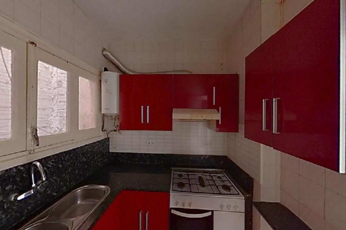 Piso en venta en Piso en Manresa, Barcelona, 99.000 €, 3 habitaciones, 1 baño, 130 m2