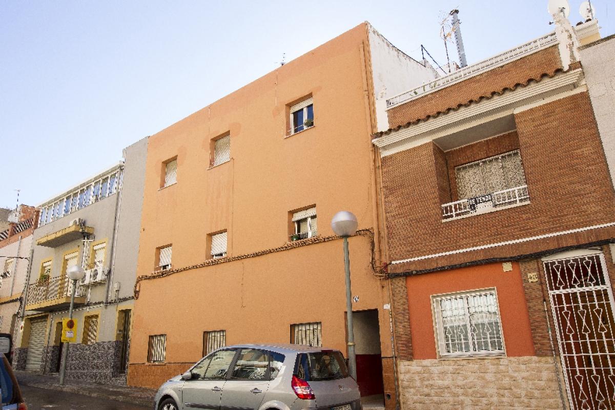 Piso en venta en Tarragona, Tarragona, Calle Quatre, 73.000 €, 3 habitaciones, 1 baño, 81 m2