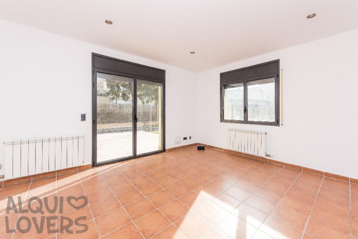 Piso en venta en Vic, Barcelona, Calle Marinada, 159.500 €, 3 habitaciones, 1 baño, 80 m2