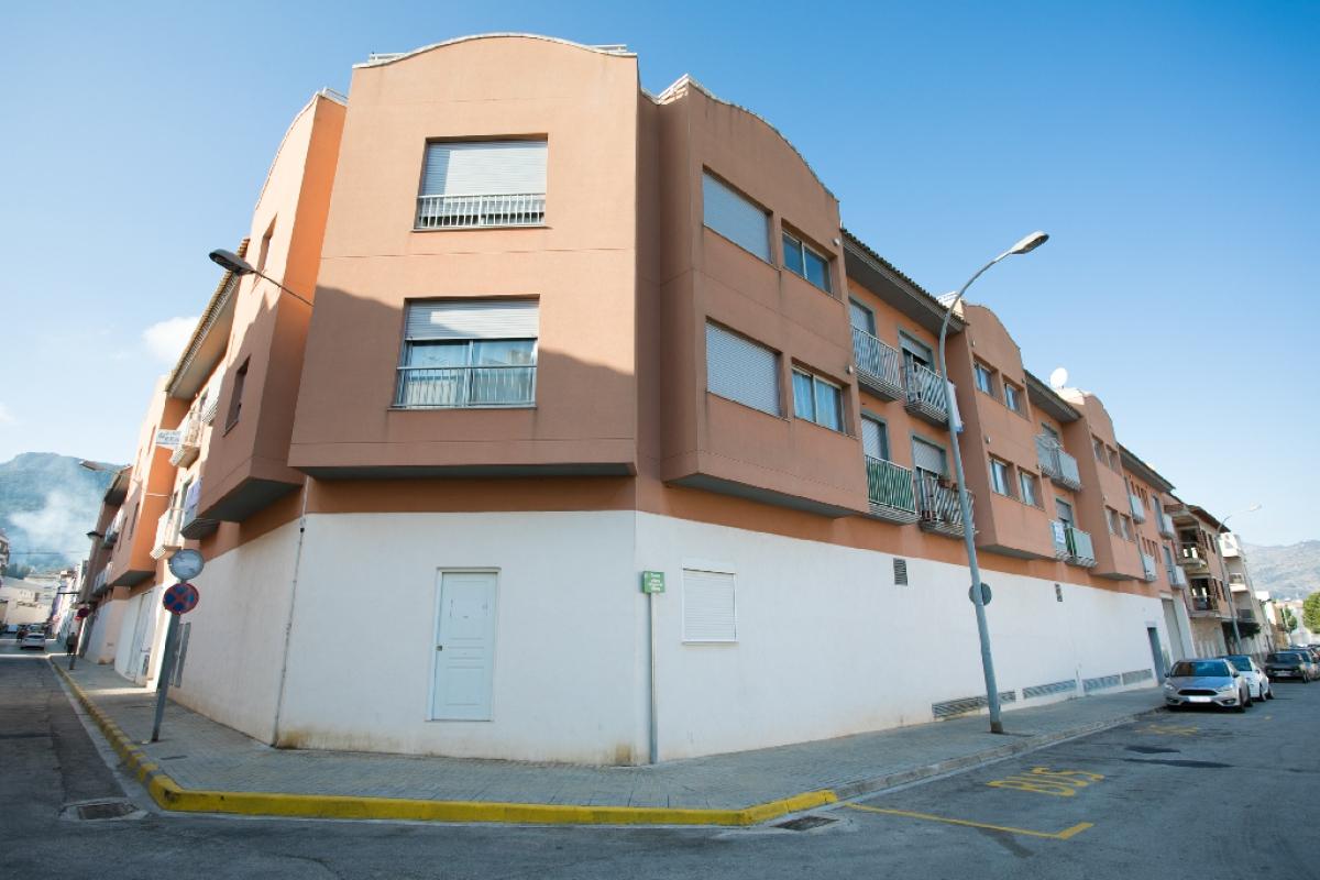 Piso en venta en Villalonga, Valencia, Calle Doctor Fleming, 37.000 €, 3 habitaciones, 1 baño, 74 m2
