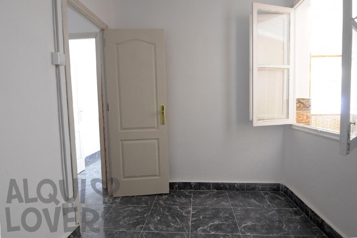 Casa en venta en Torre-pacheco, Murcia, Calle Infanta Cristina, 71.500 €, 5 habitaciones, 2 baños, 132 m2