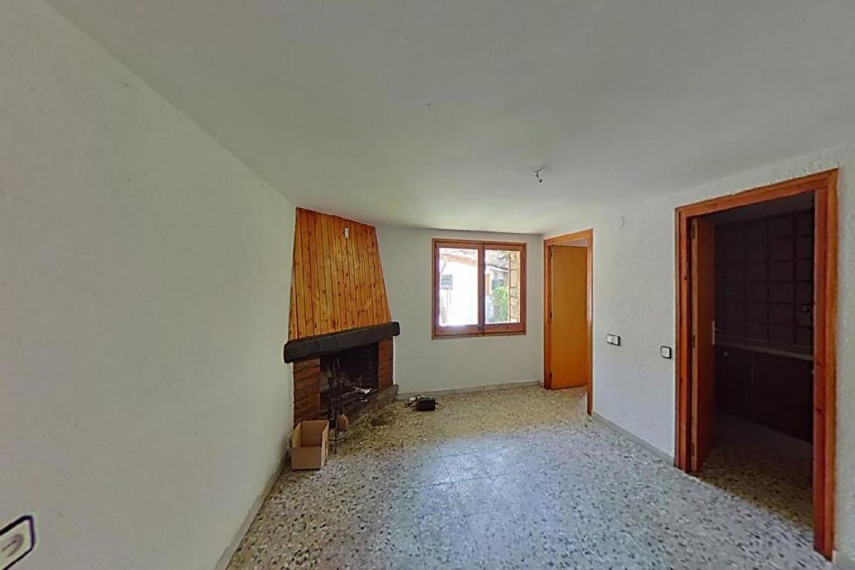 Casa en venta en Bellver de Cerdanya, españa, Calle Sintet, 197.500 €, 2 habitaciones, 1 baño, 101 m2